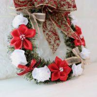 poinsettiaandrose-wreath2010-1