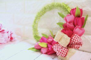 pretty-pink-tulip-wreath